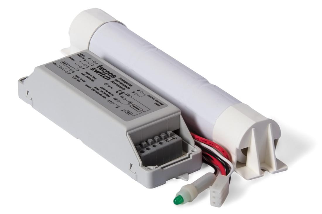 Complesso di emergenza per lampade fluorescenti t t pl