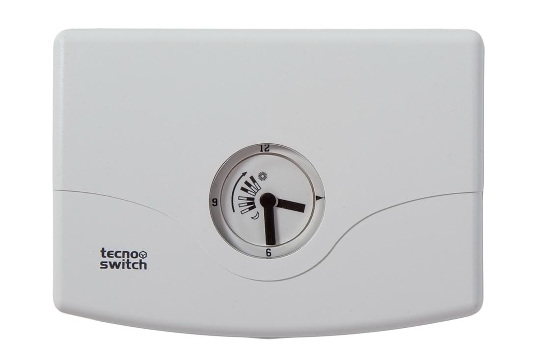 Cronotermostato elettronico giornaliero da parete for Tecnoswitch cronotermostato istruzioni