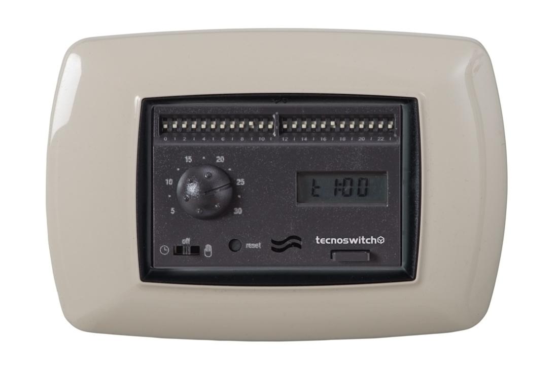 Cronotermostato elettronico da incasso giornaliero for Tecnoswitch cronotermostato istruzioni